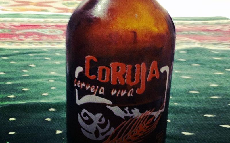 Cerveja Coruja de 1 litro é viva demais